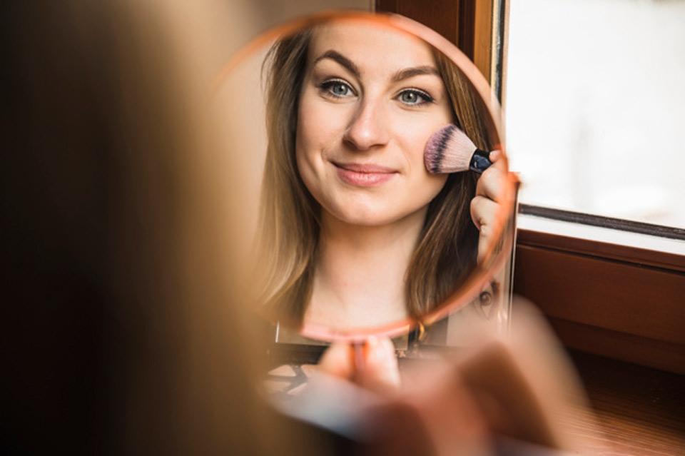 Preparando pele para maquiagem